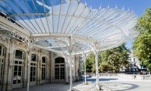 Die Opera de Vichy zählt zu den bekannteren Wahrzeichen der Stadt in der Auvergne. (#3)