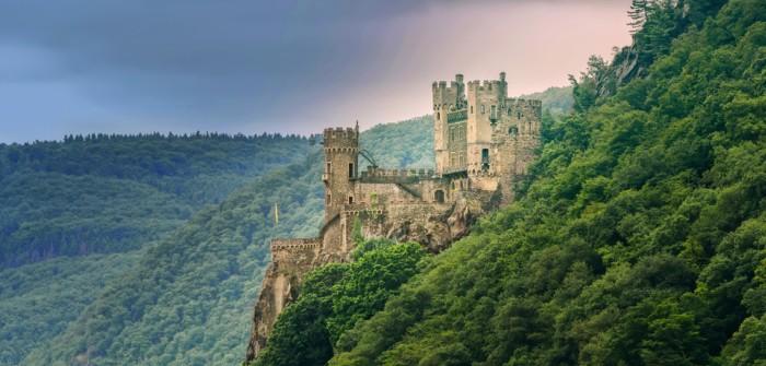 Romantik-Schloss Burg Rheinstein: Seit drei Generationen im Besitz der Familie Hecher